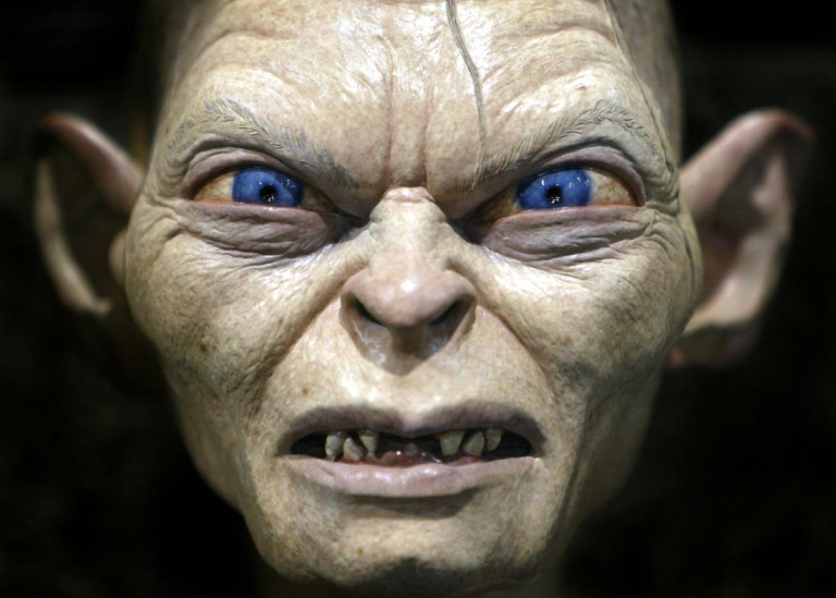 LORD OF THE RINGS CREATURE ON DISPLAY AT COMIC CON IN SAN DIEGO.